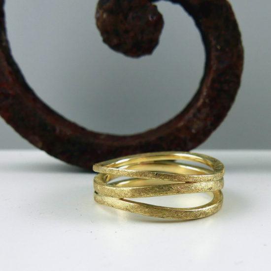 Ziveren ring
